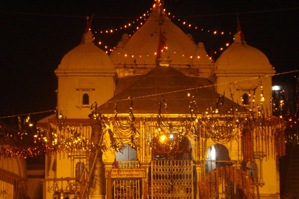 gangotri-temple-night