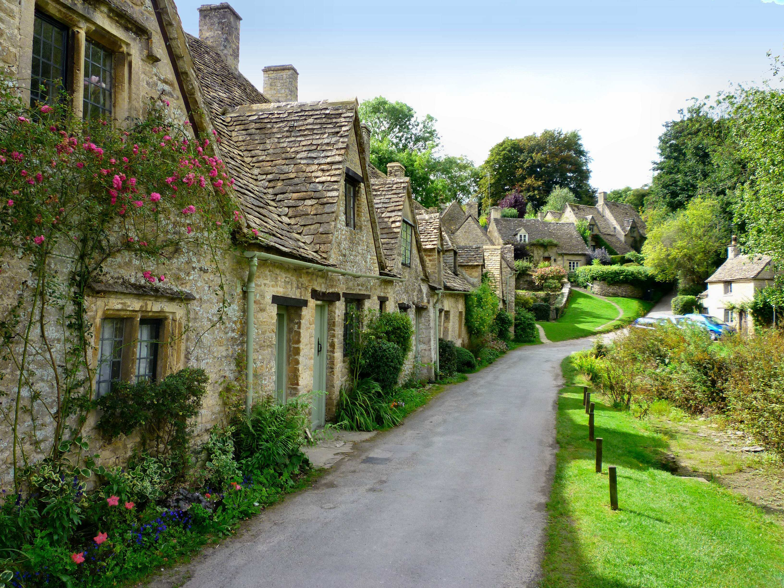 Bibury- A Charming Village – Corners of the World