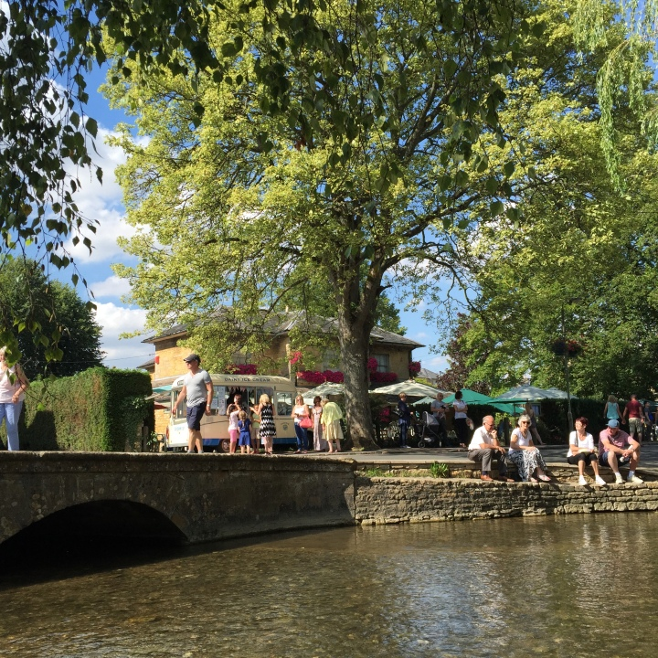 Bourton On The Water Venice Of Cotswold Corners Of